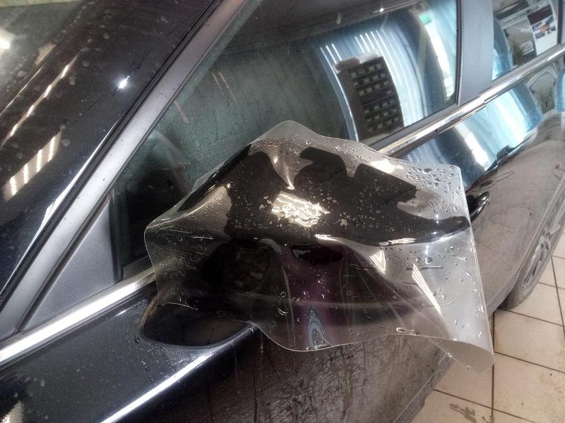 Антигравийная защита кузова и деталей полиуретаном